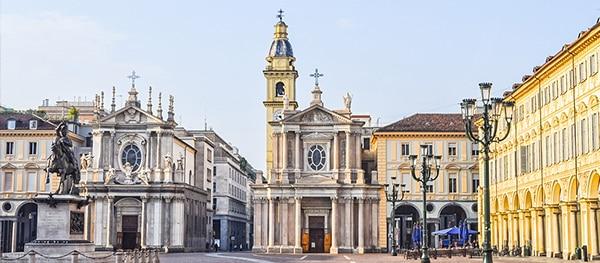 Chiesa di San Carlo and Chieda di Santa Christina.