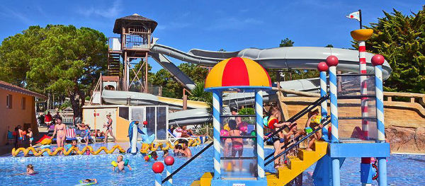 Campsite Village Resort & Spa Le Vieux Port is a great water park
