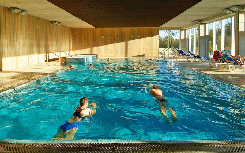 Camping Vilanova binnenzwembad